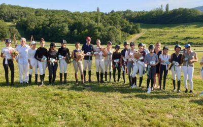 A Vulbens, concours de dressage et de saut-cross